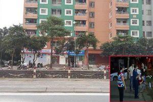 Trèo qua ô thoáng nhà vệ sinh, bé trai 3 tuổi rơi xuống đất thiệt mạng ở Hà Nội