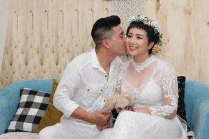 Nhạc sĩ Tú Dưa gửi lời chúc đến đám cưới của 'Nữ hoàng wushu' Thúy Hiền
