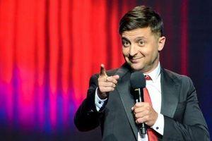 Biết gì về diễn viên hài dẫn đầu bầu cử Ukraine?