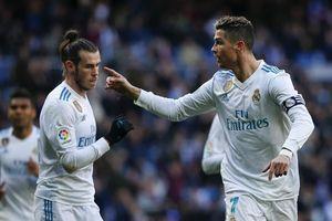 Gareth Bale mãi không bao giờ vươn tầm như Ronaldo