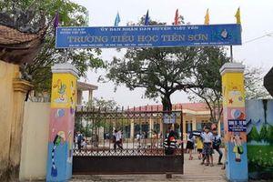 Điều chuyển công tác thầy giáo sờ mông, sờ đùi hàng chục học sinh ở Bắc Giang