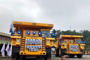 Đưa vào vận hành xe tải tự đổ có tải trọng 130 tấn