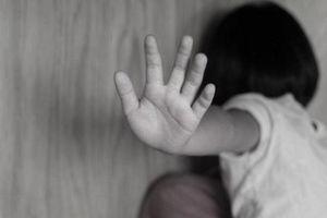 Đắk Lắk: Đưa 50.000 đồng để dâm ô trẻ em