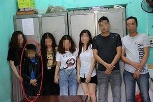 Phát hiện diễn viên 'Cu Thóc' cùng nhóm thanh niên thác loạn ma túy trong quán karaoke