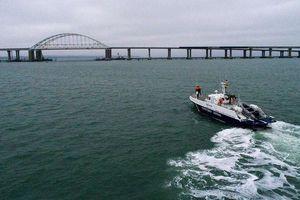 NATO tuyên bố bảo đảm cho tàu của Ukraine đi qua Eo biển Kerch