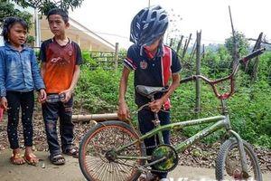 Chiếc xe đạp của 'cậu bé Sơn La' được trả giá 103 triệu đồng