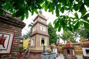 CLIP: Chiêm ngưỡng ngôi chùa cổ ở Hà Nội nằm trong top 10 chùa đẹp nhất thế giới