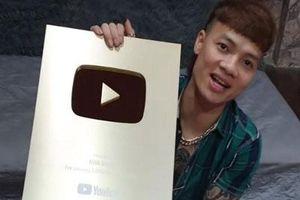 Sau khi bị công an bắt, kênh Youtube 'triệu view' của Khá Bảnh chính thức bị 'khai tử'