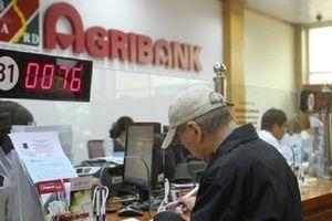 Nhân viên Agribank tại Khánh Hòa lén rút tiền trong sổ tiết kiệm khách hàng