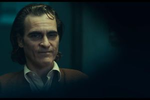 'Joker' tung trailer tăm tối, giới thiệu tạo hình hoàng tử tội phạm lạnh lùng của Joaquin Phoenix