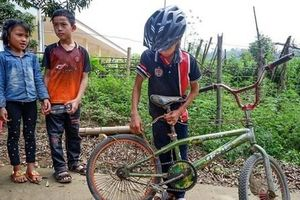 Chiếc xe đạp không phanh của 'cậu bé Sơn La' được trả giá 103 triệu đồng