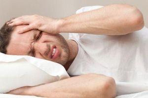 Đau đầu khi đạt cực khoái có phải dấu hiệu cảnh báo bệnh nguy hiểm?