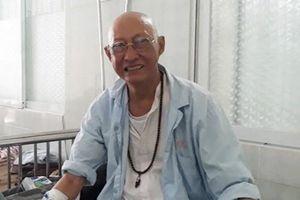 Bệnh tình nghệ sĩ Lê Bình trở nặng, bị liệt nửa người, phải nhập viện điều trị
