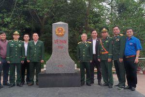 Hội cựu chiến binh cơ quan Bộ Tư pháp và Đoàn thanh niên Bộ Tư pháp về thăm chiến trường xưa tại tỉnh Lạng Sơn