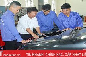 Nghề sửa chữa ô tô ở Hà Tĩnh: Nhiều cơ hội, thách thức không ít