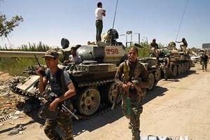 Libya: Quân đội miền Đông chuẩn bị tiến về thủ đô Tripoli