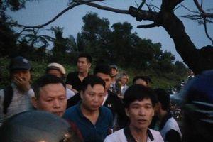 Điều tra nguyên nhân người đàn ông tử vong trên bờ đê sau 5 ngày mất tích