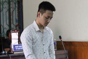 Hà Tĩnh: Dùng kéo đâm chết vợ vì bị mắng về muộn