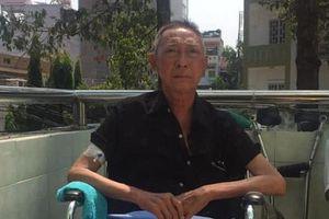 Nghệ sĩ Lê Bình gầy rộc, liệt nửa người vì căn bệnh ung thư phổi
