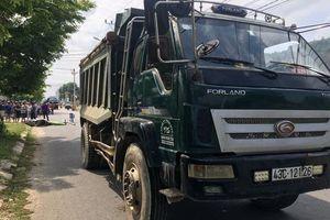 Đà Nẵng: Nữ sinh 9X chết thảm sau khi va chạm với xe tải