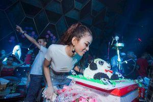 Nữ DJ 9X xinh đẹp, đam mê kinh doanh ở Cà Mau