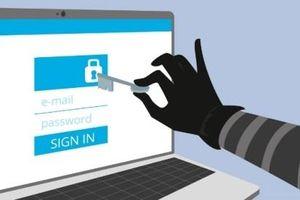 Tại sao Facebook bắt người dùng phải nhập mật khẩu email?