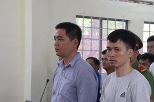 Hoãn phiên xử hai cựu công an viên đánh chết người