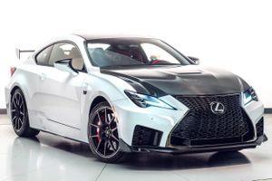 Lexus RC F bản hiệu suất cao giá 100.000 USD có xứng đáng?