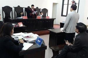 Vụ Bộ trưởng GD-ĐT chính thức thua kiện tiến sĩ: 'Hài lòng'
