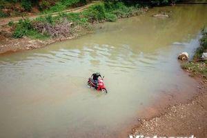 Xây cầu treo để chế ngự 'nỗi sợ thủy thần' ở Việt Nam