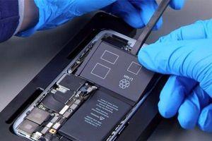 Sửa xong hàng nghìn chiếc iPhone giả từ Trung Quốc, Apple mới biết mình bị lừa