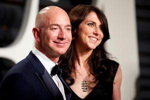 Vụ 'ly hôn thế kỷ' của ông chủ Amazon và vợ đã hoàn tất: Những điều ấn tượng phía sau vụ ly hôn