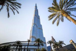 Tòa tháp cao nhất thế giới Burj Khalifa thắp sáng hình ảnh 'Avengers: Endgame', fan liền photoshop các cao ốc Việt Nam
