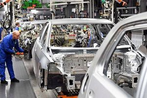 Thúc đẩy tăng trưởng kinh tế Eurozone