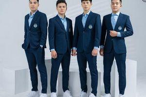 Chùm ảnh dàn 'soái ca' Quang Hải, Duy Mạnh, Bùi Tiến Dũng bảnh bao diện vest dự V-League