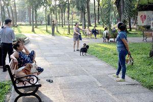 Quản lý chặt việc nuôi chó trong khu dân cư