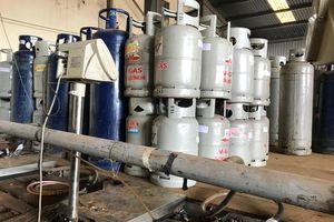 Điều tra, làm rõ một cơ sở sang chiết gas lậu quy mô lớn