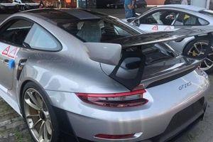 Ông chủ Trung Nguyên Đặng Lê Nguyên Vũ rước Porsche 911 GT2 RS hơn 20 tỷ VNĐ về rinh