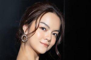 Chuyện showbiz: Phạm Quỳnh Anh vui vẻ đi ăn với chồng cũ hậu ly hôn