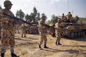 Iran sẽ đáp trả nếu Mỹ liệt quân đội nước này vào danh sách khủng bố