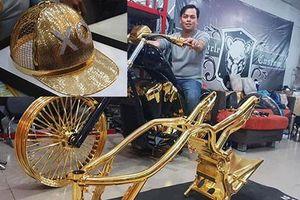 Sau môtô khủng mạ vàng, Phúc XO tậu mũ vàng giá 1,8 tỷ