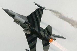 Chiến đấu cơ F-16 của Hà Lan tự bắn vào thân, phải hạ cánh khẩn