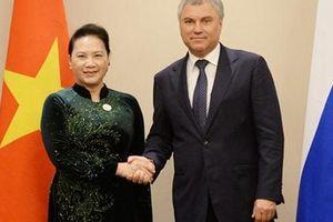 Bên lề hội nghị (IPU-140) Chủ tịch Quốc hội Nguyễn Thị Kim Ngân hội kiến Chủ tịch Đuma Quốc gia Nga