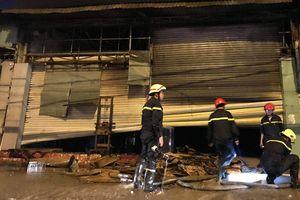 Cháy cửa hàng điện máy, nhiều tài sản bị thiêu rụi