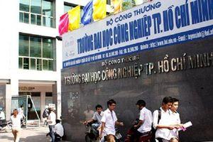 Cô gái 29 tuổi mặc đồng phục giả là sinh viên Sài Gòn lẻn vào trộm tài sản bị lao công bắt giữ