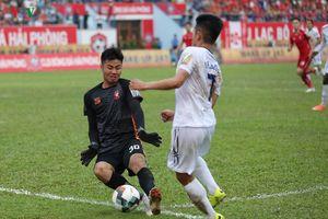 Thủ môn U23 Việt Nam nhận lời khen khi giúp Hải Phòng thắng HAGL
