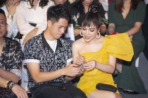Hoa hậu Tuyết Nga thân thiết với cầu thủ Đình Trọng