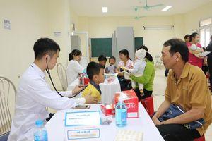 Hơn 1.000 trẻ em Nam Định được khám sàng lọc bệnh tim miễn phí