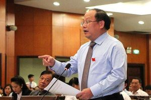 Ông Tất Thành Cang đề nghị chưa thông qua tờ trình tăng thu nhập cán bộ