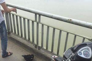 Nữ kế toán trường mầm non nhảy cầu Bến Thủy tự tử